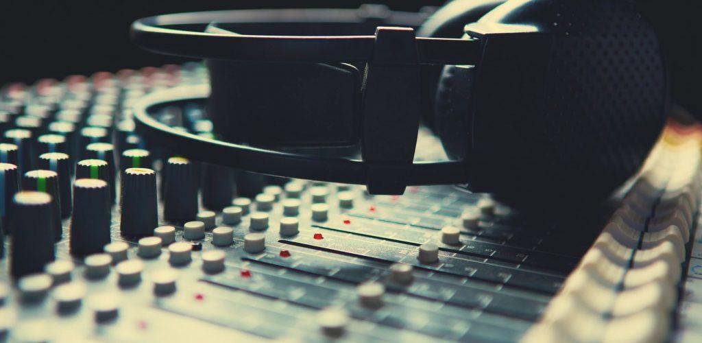 Media-Headphones